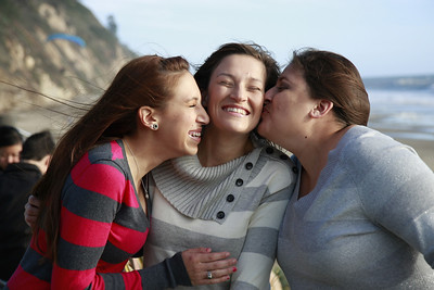 Pinedo_Sisters_014