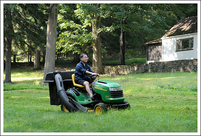 Seishi, mowing the lawn, American style.