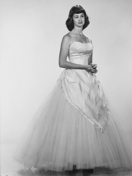 My sister and I loved looking at photos of her when she was a young woman. She was so very elegant.