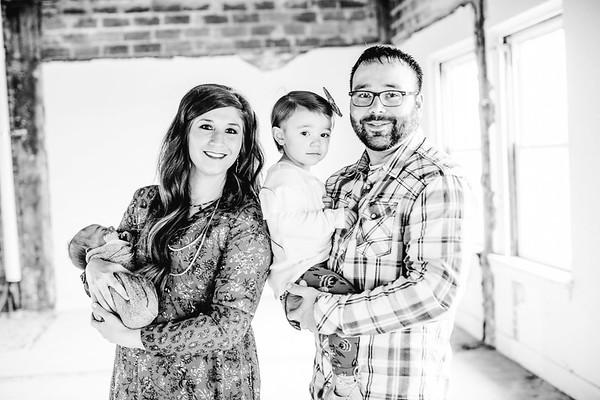 00004--©ADHPhotography2017--LukeJennyPoore--Family
