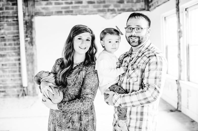 00012--©ADHPhotography2017--LukeJennyPoore--Family