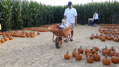 Pumpkin Farm 2014 Lopez 14