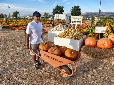 Pumpkin Farm 2014 Lopez 23