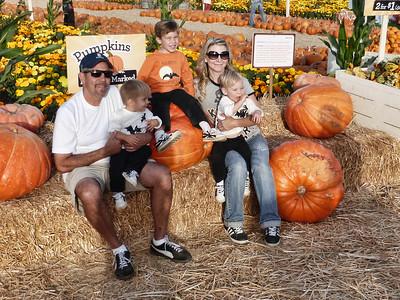 Pumpkin Farm 2014 Lopez 22