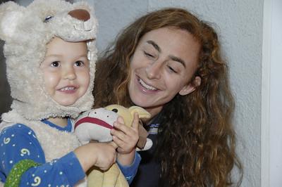Quinn at Halloween 2008