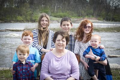 i17s Family 4-17 (3)