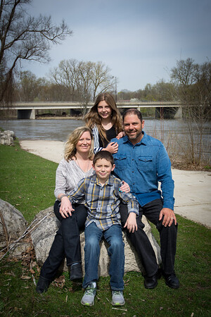 i17s Family 4-17 (60)