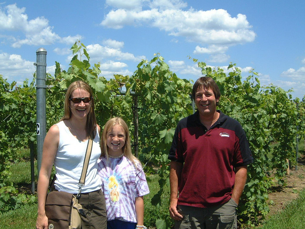 133 Sarah Sam and Jim by the vines