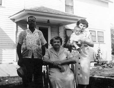 Lester, Hulda, Debbie, Jean 1954