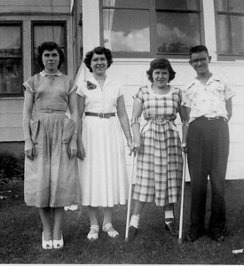 Siblings in MN-1952