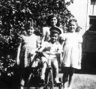 Family - 1943?