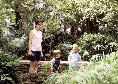 Mom & boys at Como Park