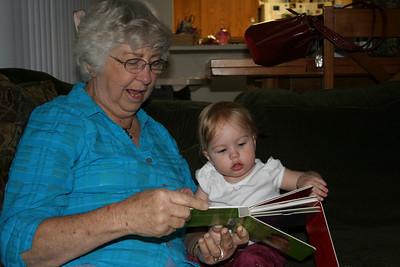 Reading with Grandma Woodmansee 2008-04-30 014