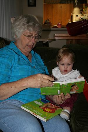 Reading with Grandma Woodmansee 2008-04-30 012