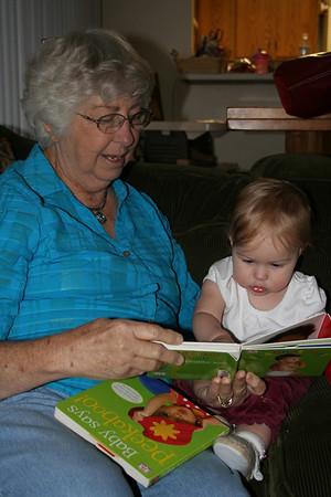 Reading with Grandma Woodmansee 2008-04-30 011
