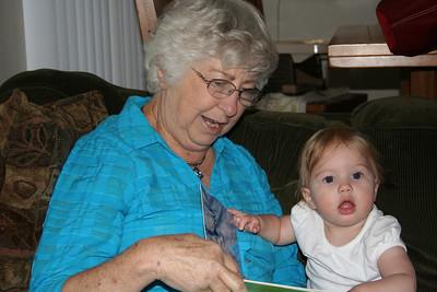 Reading with Grandma Woodmansee 2008-04-30 006