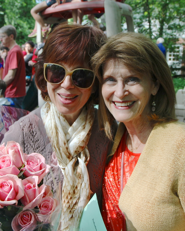 Sharon and sister Frannie