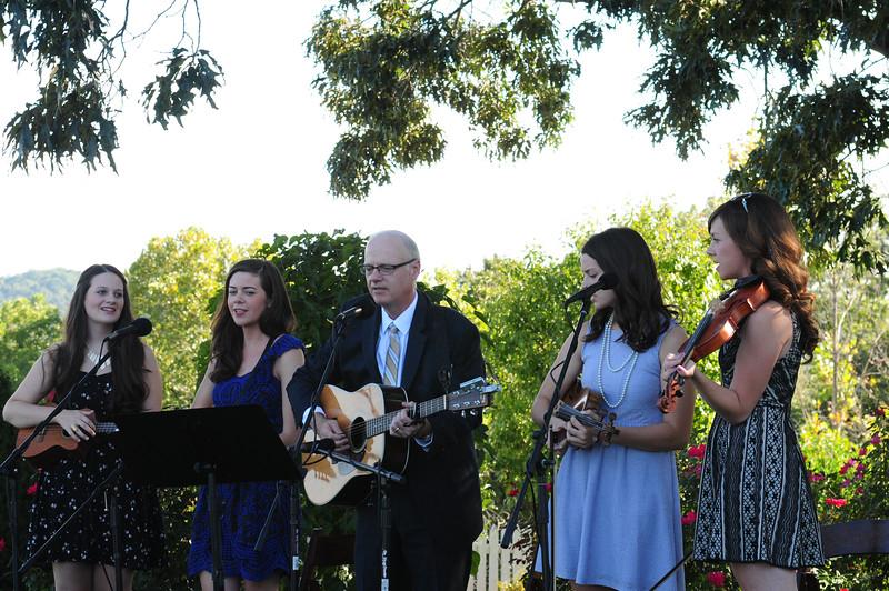 Wedding music beautifully provided by the Caseys
