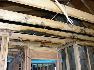 DSCN1461-11-17-04 bonus rm ceiling