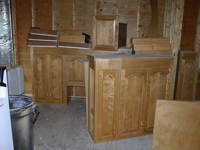 DSCN0139-09-28-04 kitchen cabinets