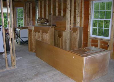 DSCN0140-09-28-04 kitchen cabinets