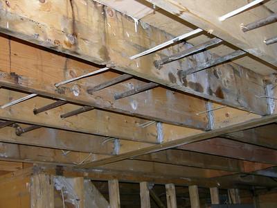 DSCN1790-11-30-04 kitchen ceiling