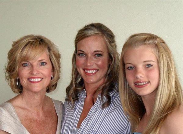 Karen (Fulton) Carlson with daughters Jenna & Caroline