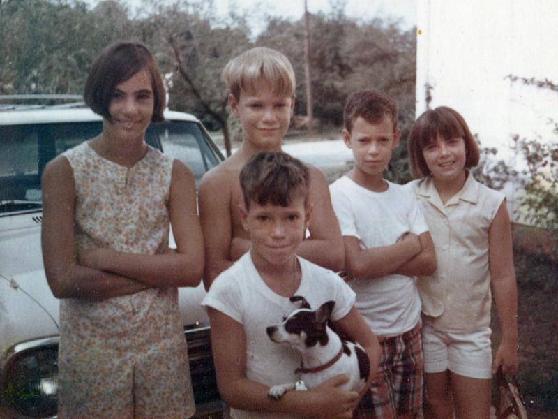 Pat King (McLellan), Chuck Newton, Kyle Newton (with dog Whezzy), Scott Newton & Connie