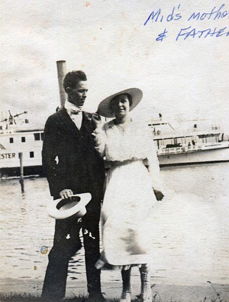 Fred Fulton Sr. & Edna Fulton (Leavitt) - Grandparents