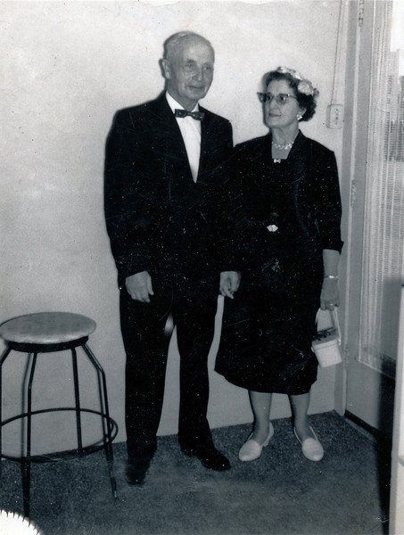 Grandmother Heloise with 2nd Husband Nels Nesitt (Image from 1960)