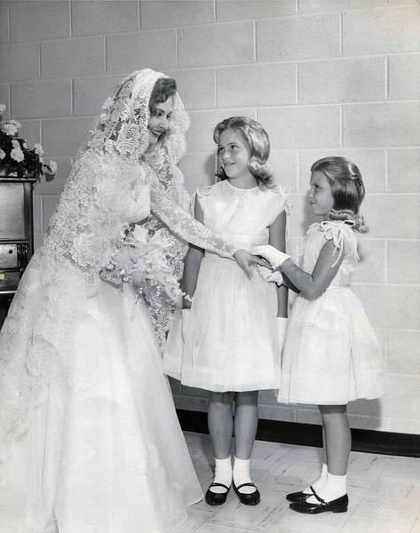 Sylvia Keeton (Yarbrough/Henington) with Dale (middle) and Denise (right) Yarbrough August 1964