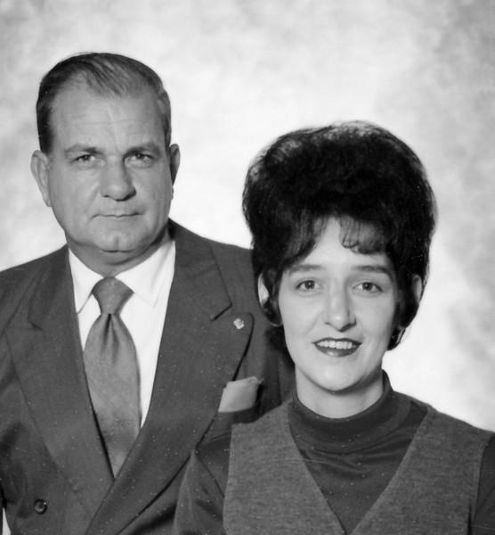 Bob Yarbrough and 2nd Wife Joella (Martin) - 1968