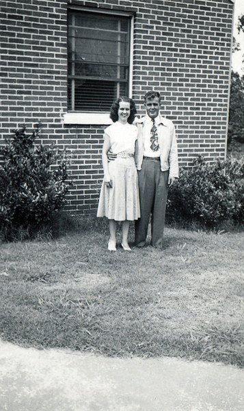 Jim and Mildred Yarbrough Image June 1950