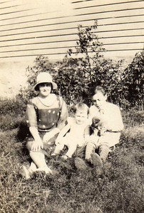 Mom, Phyllis, Dennis, and Tuffy--1931