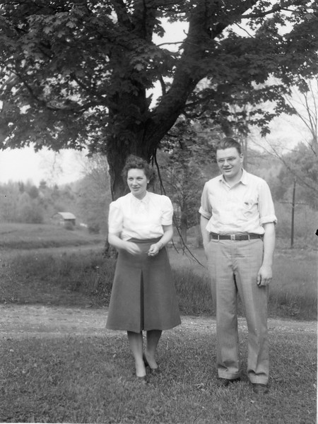 1949 Sophie and Ellis in Vermont