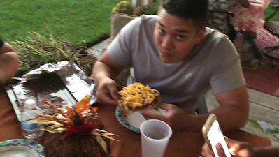 Video of eating dinner and dessert on the patio.