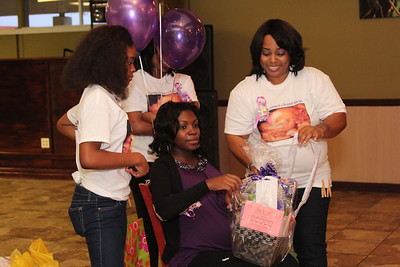 Re'onna's baby shower (43)