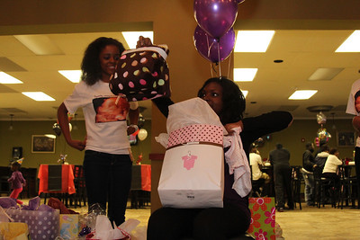 Re'onna's baby shower (34)