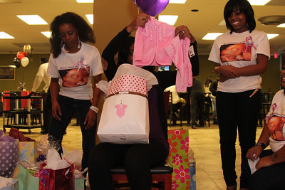 Re'onna's baby shower (33)