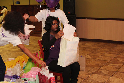 Re'onna's baby shower (29)