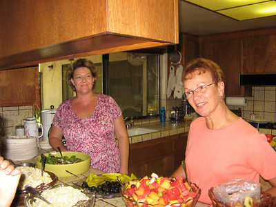 Mary Jean Smith and Vadis - The salads are ready