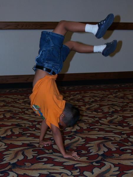 Handstand  (Diego)