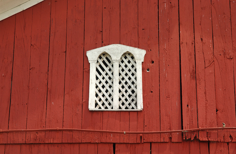 Unique lattice barn window on Bill & Jeanette's barn