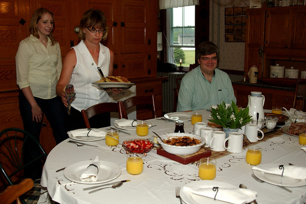 Ready for breakfast at the beautiful table of Schantz Haus B&B (Bill & Jeanette's)