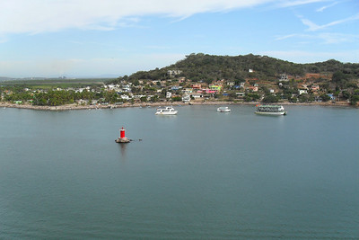Mexican Riveria Cruise – Norwegian Star on Norwegian Cruise Lines Day 4 – Tue, 3/23 – Mazatlan, Mexico Entertainment – Team Rootberry Views as we left Mazatlan.