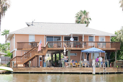 2012 Kane / Kennemer Family Reunion in Rockport, Texas (Image taken by Patrick R. Kane on 14 Jul 2012 with Canon EOS 5D at ISO 200, f5.0, 1/200 sec and 70mm)