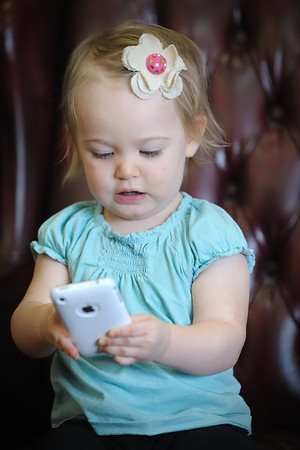 Riley iPhones (06-09-2011)