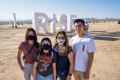 2021-fam10-01-Rise-002