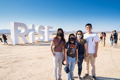 2021-fam10-01-Rise-001