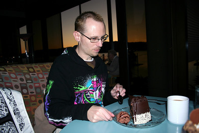 At the end of the day. We went out to Dockside to have some of their Gooey desserts. Patrick went for the Triple Chocolate Mousse Cake. I had one of their Personal sized Reese's Peanut Butter Cup Sundaes. It was very yummy.